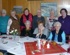 Hausfrauen veranstalten regelmäßig Kaffee-Nachmittag in Niederweimar
